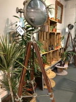 Culinary Concepts LDN Floor Lamp with Tripod
